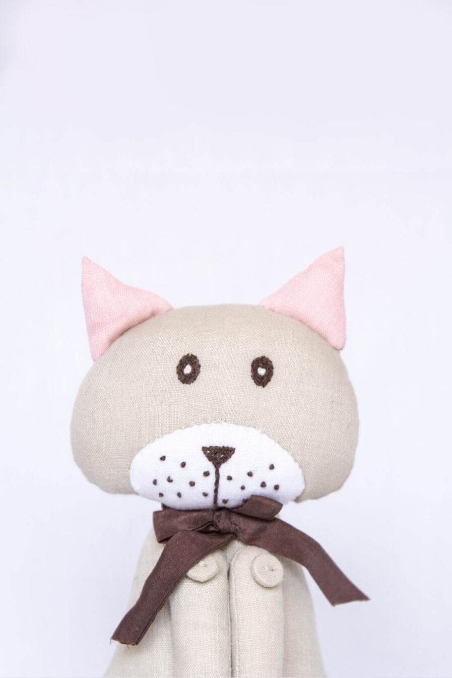 Anavila Cikka Cat